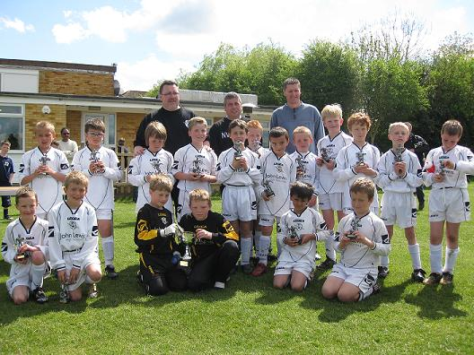 AFC Lightning U9 Football Team 2008/2009 winning County Cup